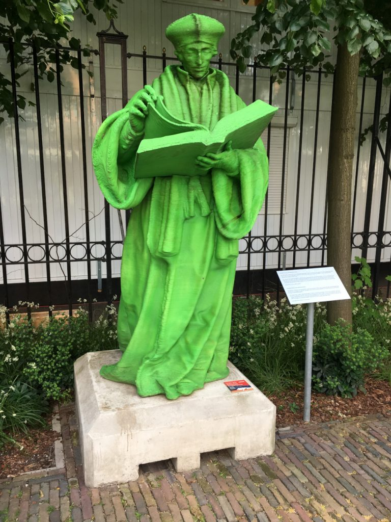 Erasmus replica